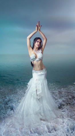 Roupa Branca de Dança do Ventre, Figurino de luxo, luxo dança do ventre, Figurino branco de dança do Ventre, Traje Branco de Dança do Ventre,